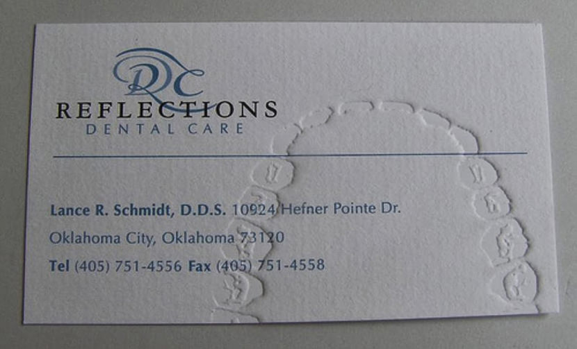 dentist surgeon creative cool business card clinic doctor