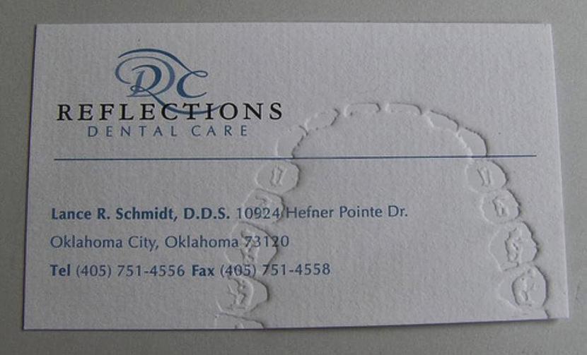 Tyasdegam gecko fly dentist surgeon creative cool business card clinic doctor reheart Choice Image